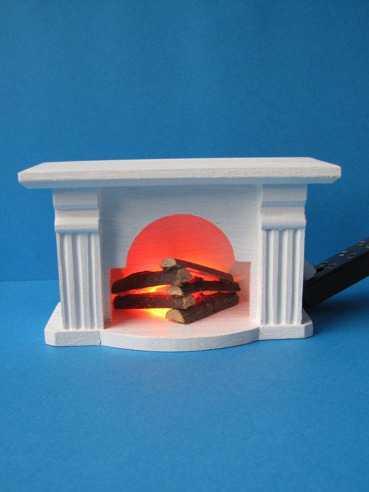die besten 25 puppenhaus beleuchtung ideen auf pinterest miniature puppenhaus aus holz und. Black Bedroom Furniture Sets. Home Design Ideas