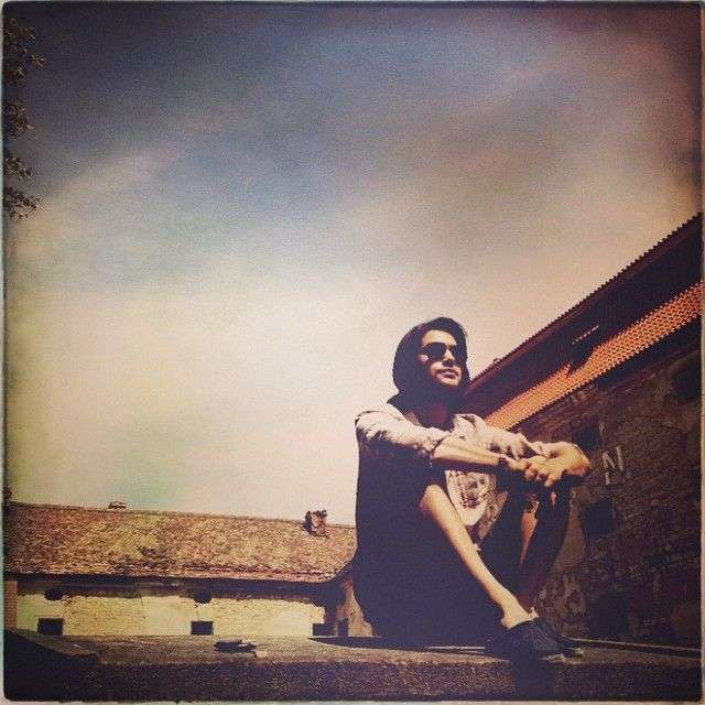 """From Howie's instagram: """"Chillin'"""" I like this photo of Luke [Pasqualino]."""