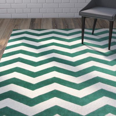 "Varick Gallery Wilkin Green/White Area Rug Rug Size: 8'9"" x 12'"
