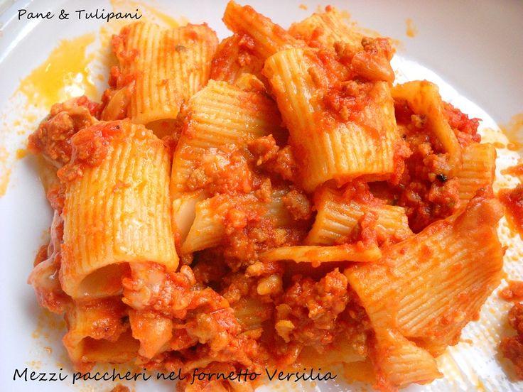 Mezzi paccheti nel fornetto Versilia Leggete la ricetta...vi verrà sicuramente utile per via della praticità e velocità. Gustosissima, andata letteralmente a ruba. http://blog.cookaround.com/vincenzina52/mezzi-paccheri-nel-fornetto-versilia/