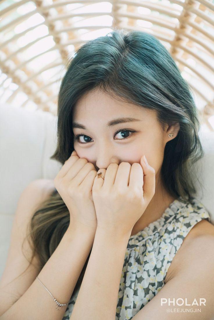 tzuyu lee jungjin, Pholar tzuyu, tzuyu pictorial, lee jungjin photographer, actor lee jungjin, tzuyu fantaken, tuzyu 2016, twice 2016
