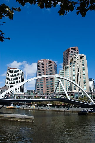Walk way bridge Melbourne to the casino