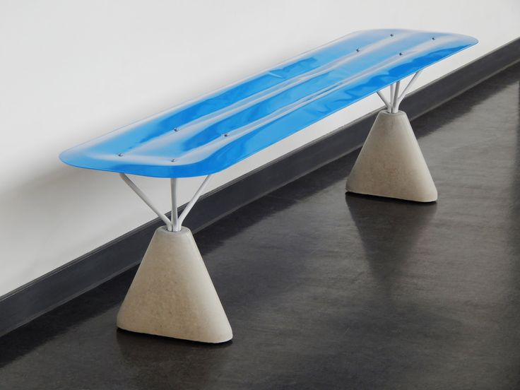 Lilo Bench hydroformage par Connor Holland  #design #furniture #mobilier #bench #banc #métal #steel
