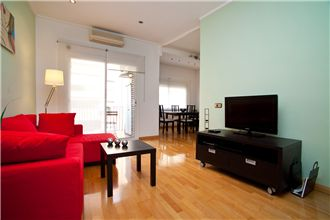 Cozy 3 double bedroom Eixample
