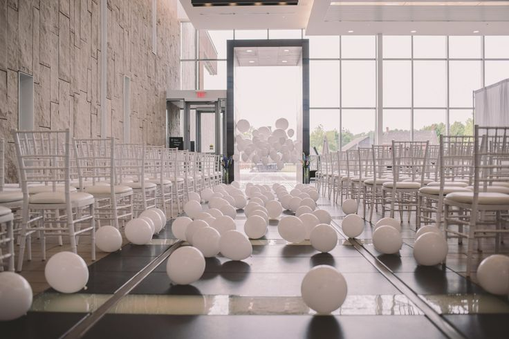 Ema Wedding Co. shot this beautiful ceremony and reception in our Grand Foyer.  #WRMweddings