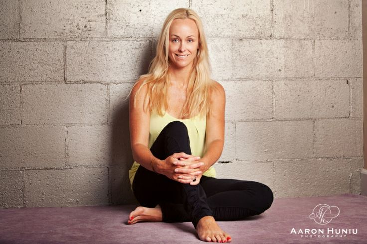 Simple Headshot  San Diego Photographer, Hot Yoga, San -2919