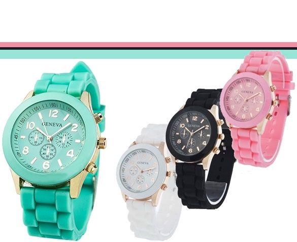 Speels door de opvallende kleuren, maar ook erg stijlvol door de goudkleurige details; dat is het Geneva horloge.