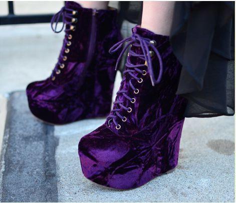 Omg !! Purple Velvet boots !