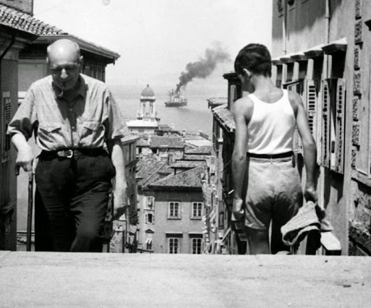 The Poet Umberto Saba climbing the steps of the via Ciamician in Trieste (1953)