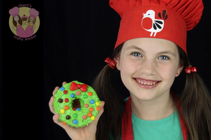 Christmas Doughnut Wreath | Be A Fun Mum