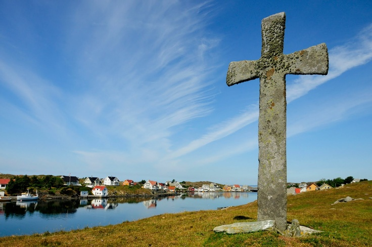 """""""Steinkorset"""" on Kvitsøy has been standing for at least a thousand years. Some say it was put there by English missionaries in the 900s while others claim it was raised by Erling Skjalgsson and Olav Haraldsson, Viking chiefs, in 1016."""