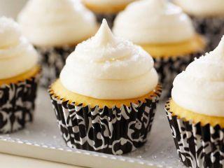 Receta:Anna Olson/Cup cakes de vainilla