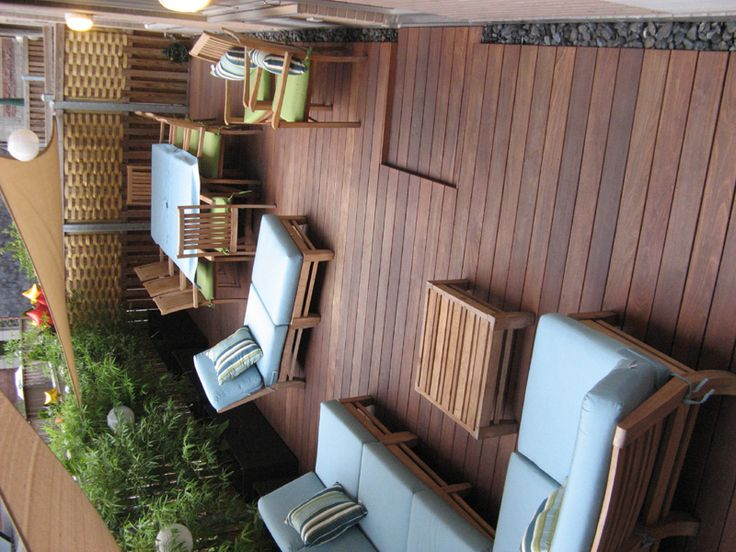 ipe deck - nice different areas but a little crowded.  also, directly off building!