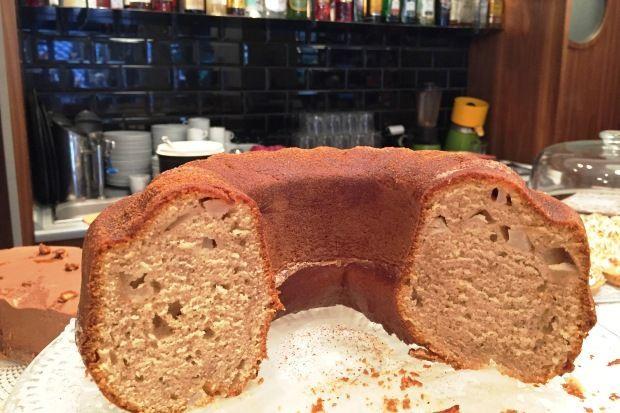 Κέικ αχλάδι, από το Αμαρυλλίς café bistrot