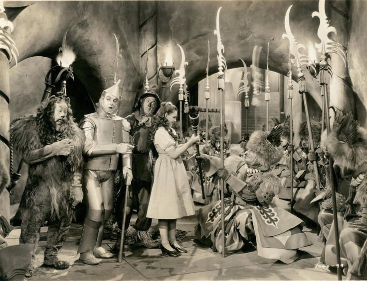 Bert Lahr, Jack Haley, Ray Bolger and Judy Garland The Wizard of Oz 1939 Directed by Victor Fleming