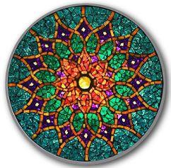 Descubre en esta guía práctica qué son los mandalas, qué tienen de especial, cómo interpretar el significado de sus formas y colores, cómo hacer un mandala
