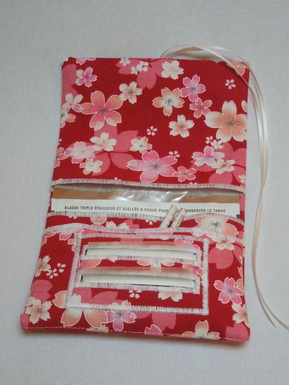Blague à tabac / Pochette à tabac pratique en tissu japonais rouge motif sakura rose