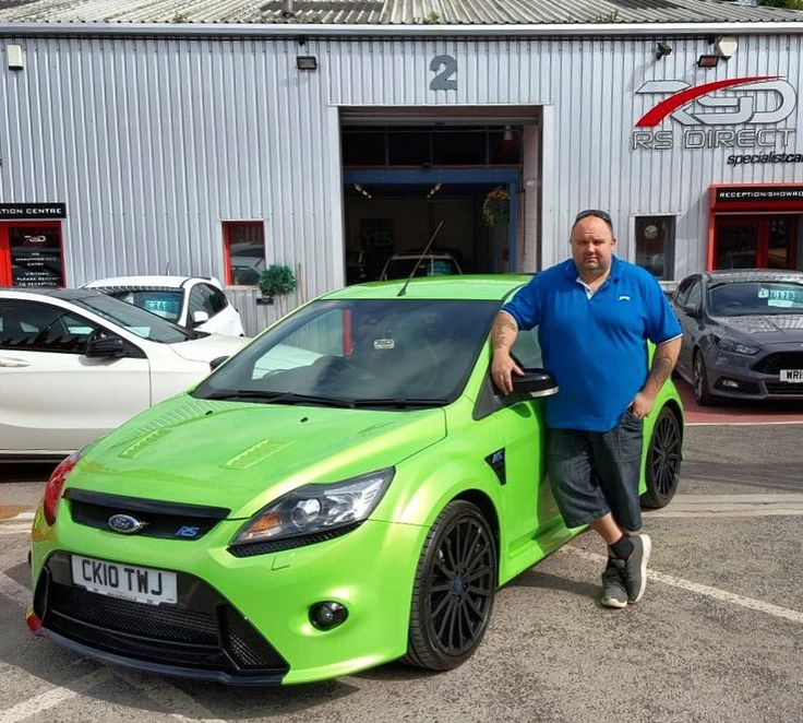 Very humbled to supply Gareth from Rugby a true RS fan with this gorgeous ultimate green Focus RS thanks for the business was a pleasure to meet you . #focusrs #rsfocus #rsdirect