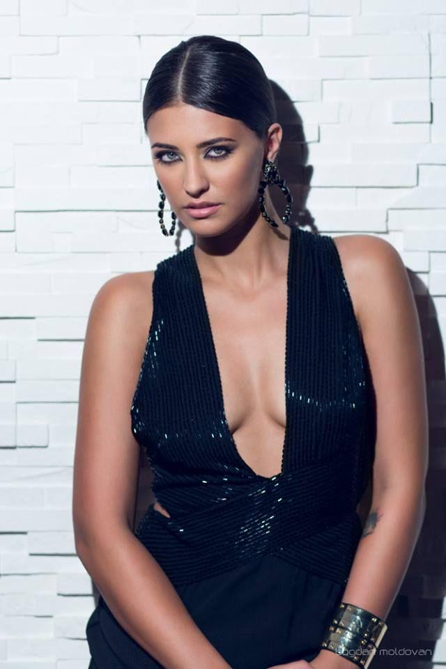 #beautiful #fashion #model #singer #music #sexy #stunning #ANTONIA #Romania