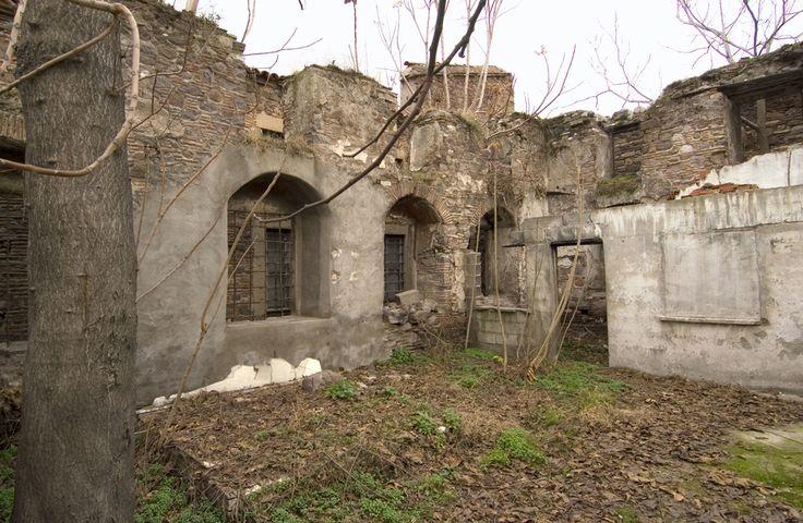 Kadosh Synagogue, Izmir, a.k.a Foresteros Synagogue (to be restored)