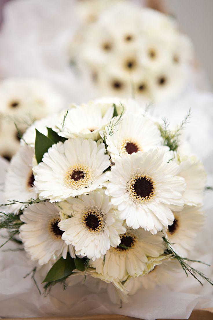 25 Best Ideas About Gerbera Bridal Bouquet On Pinterest