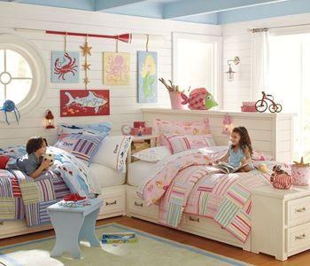 Aynı odayı paylaşmak durumunda olan kardeşlerin, ayrı ayrı zevk ve tercihlerine göre seçim yapmak istersiniz. Yatak Düzeni Nasıl Olmalıdır?  Dar odalar için en iyi çözüm ranza tercih etmektir. Birbirinden farklı ranza modelleri ile çocuklarınızın oyun alanını daha çok genişletmekle kalmayıp ferah bir görünüm yaratabilirsiniz.  Devamı: https://goo.gl/kLdBtv