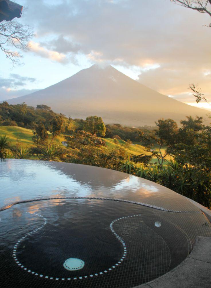 Vista Volcán de Agua desde Suite #LaReunion