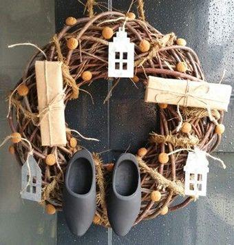 Sinterklaas krans idee cadeautjes huisjes pepernoten