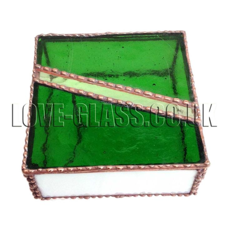 * SALE * GREEN BOX Jewellery Stained Glass Box, Gift, Art Glassware, Britain, UK