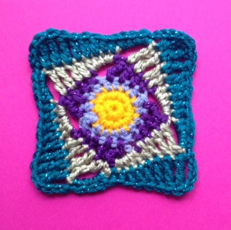 How to Crochet a Square Motif Pattern #9 │ by ThePatterfamily