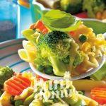 Warzywa z makaronem pióra