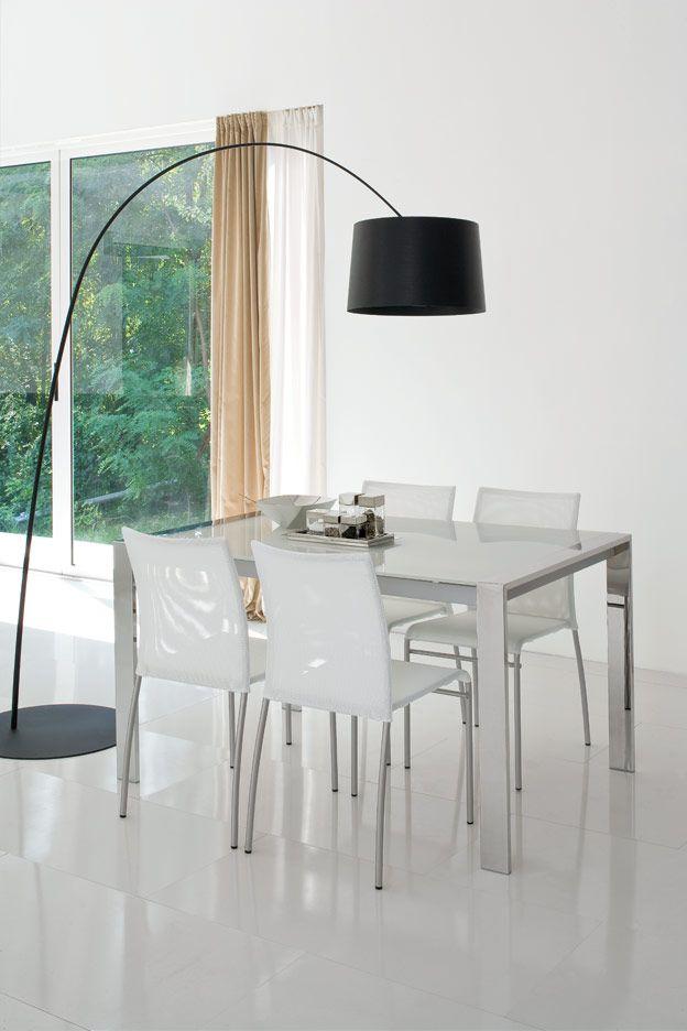 Tavoli e sedie moderne da cucina tavoli e sedie moderne for Sedie x cucina moderne