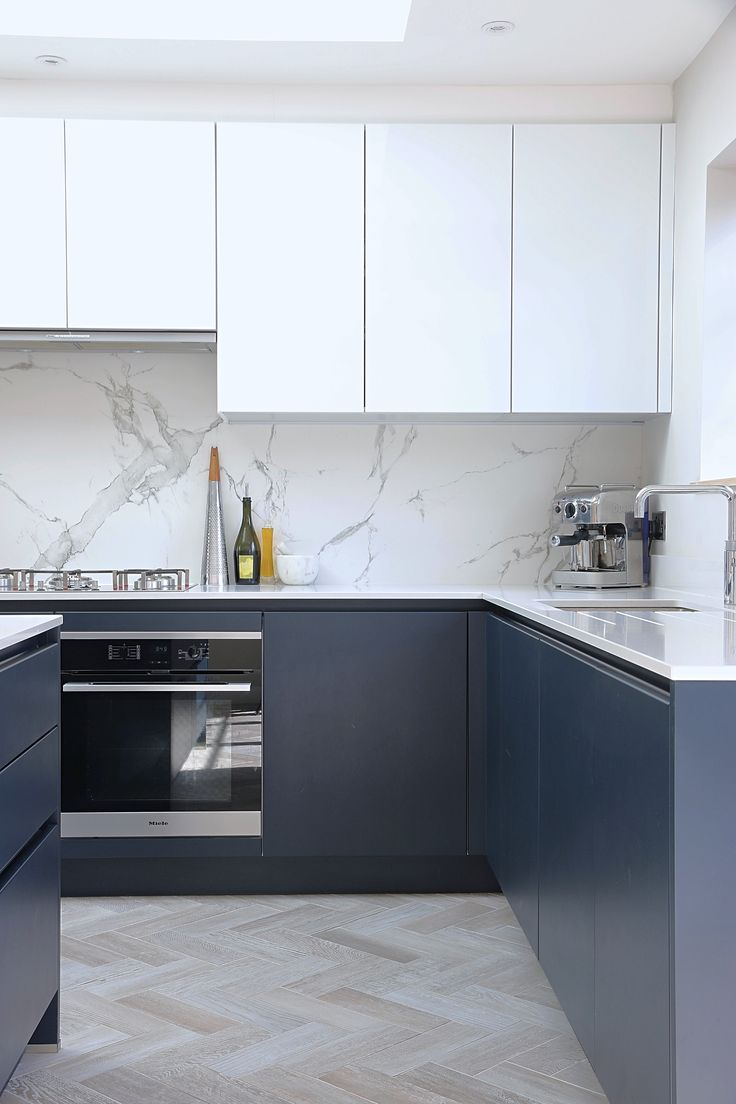 Beautiful yet practical Dekton Aura splashback