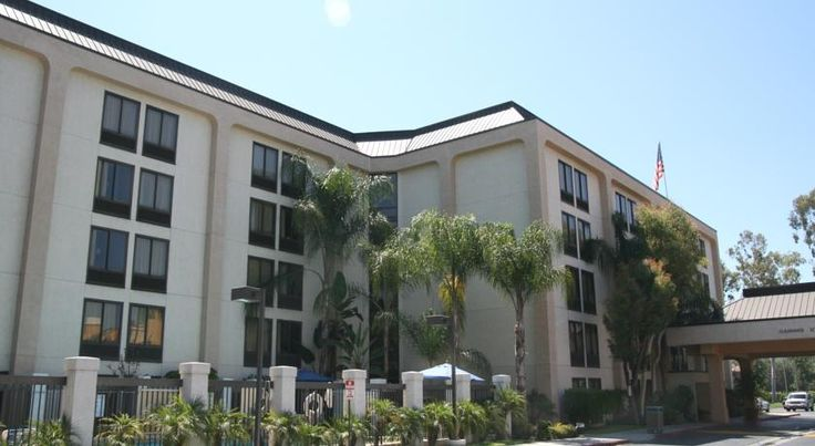 Hampton Inn Los Angeles-West Covina West Covina Conveniently located close to Interstates 10 and 210, this hotel is an ideal location for exploring nearby attractions, including central Los Angeles and offers a variety of thoughtful amenities.