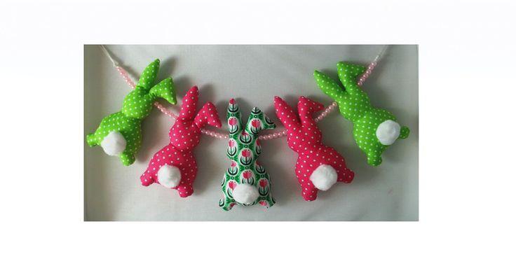 Zabawka do wózka i nad łóżeczko - króliki w Yayo-handmade na DaWanda.com
