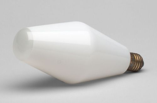 Incandescent Bulb (model 85). Tapio Wirkkala. Manufactured by Oy Airam Ab. 1959.