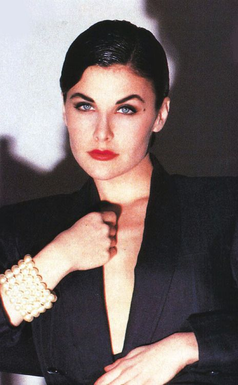 Sherilyn Fenn mobile photo 6