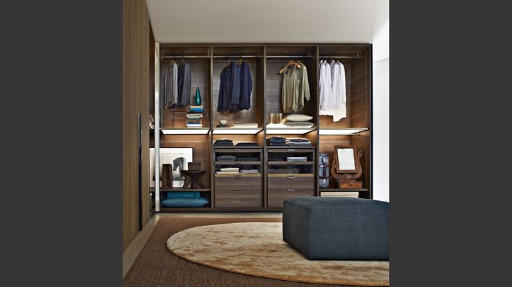 Gliss Quick Walk In Closets Molteni C Notice The Lights Master Bath Closet Remodel