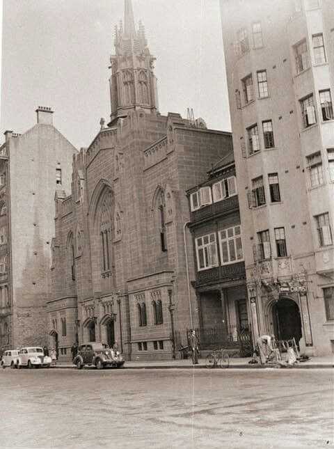 St Stephen's Church on Macquarie St,Sydney in 1930. •State Library of NSW•
