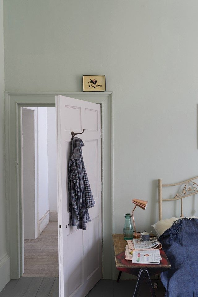 Cromarty is so soft that it is a natural choice for attic bedrooms when the colour on the walls will mimic the colour of the sky. The colour should be used on both walls, ceiling and woodwork to create a seamless and relaxing space. Cromarty is a very gentle colour, one that relaxes and soothes so is perfect for creating a sanctuary, whether that be a bedroom or living space. When you walk into a Cromarty room you can literally feel your shoulders dropping and the day's stresses drifting…