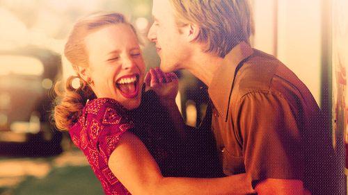 Otra escena encantadora de The Notebook (Diario de una pasión). Hermosa película romántica.