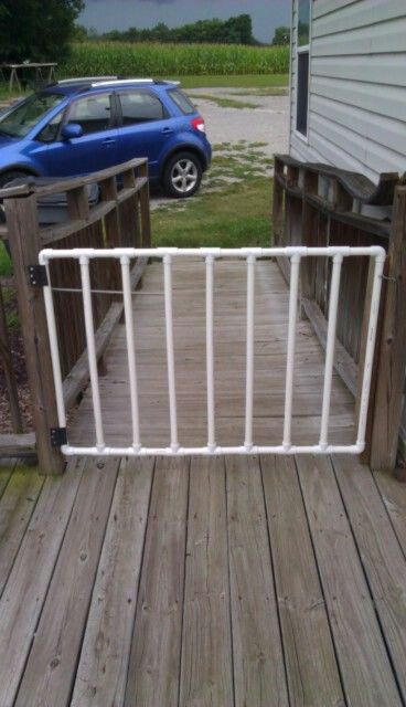 Pet gate made of PVC pipe- no directions, but I think I could figure this out from the photo