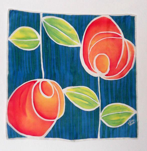 Pañuelo de seda natural pintado a mano.Rosas de SEDA PINTADA AZIZA PUCH    Aziza's silk scarves por DaWanda.com