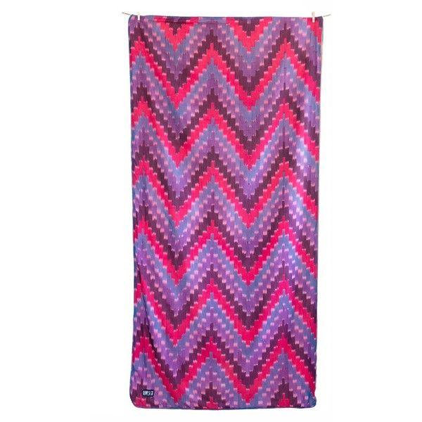 Kamp & Co. Montara Kamp Towel (125 CAD) ❤ liked on Polyvore featuring home, bed & bath, bath, beach towels, turkish beach towels, plush beach towels and oversized beach towels