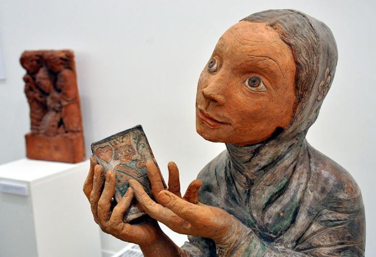 Kovács Margit – Lady with Cards, 1960