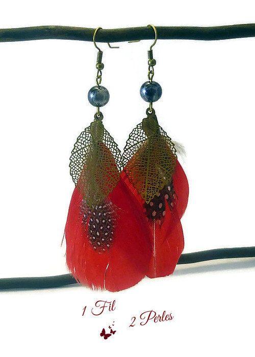 Boucles d'Oreilles Plumes Rouge et Breloques par 1fil2perles