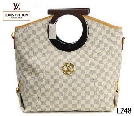 22de417ce6 Louis Vuitton Bags Clearance 084