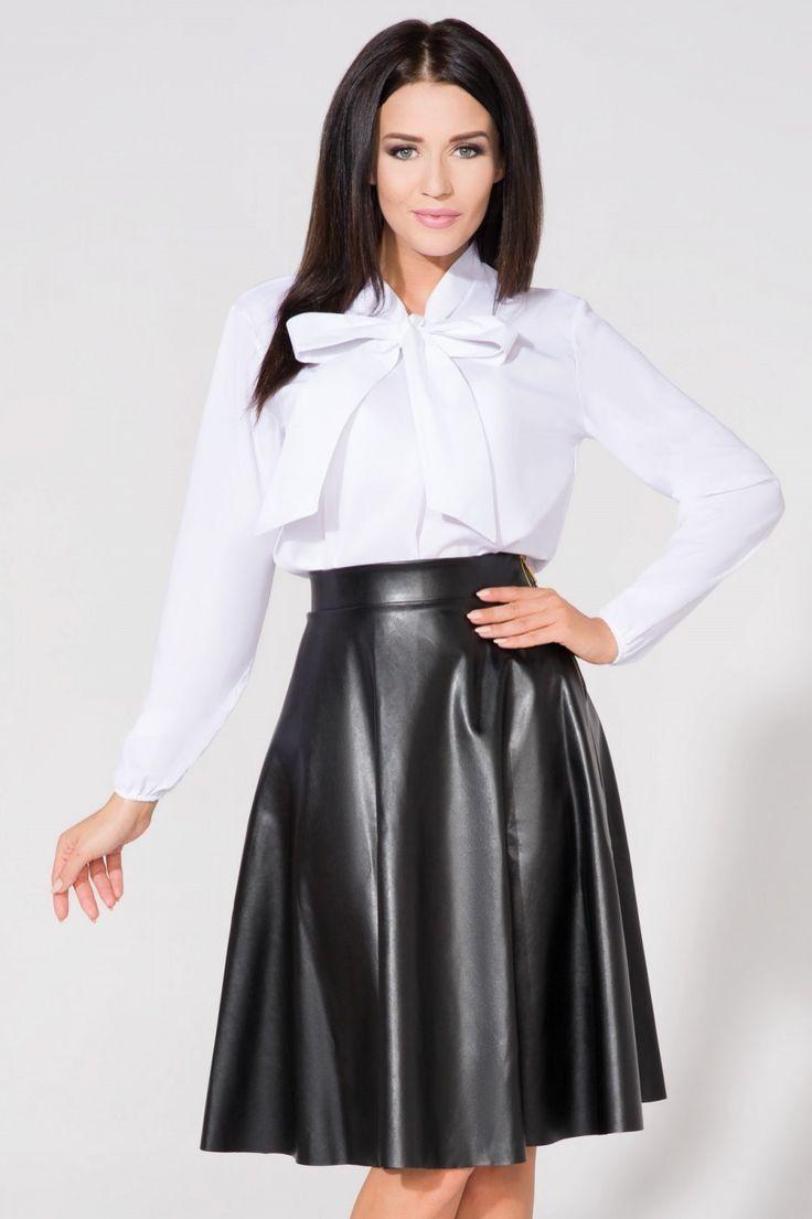 https://www.margery.pl/Bluzka-Model-T158-White-p8461  Zapraszam na zakupy! Promocja -25% na wszystko :)