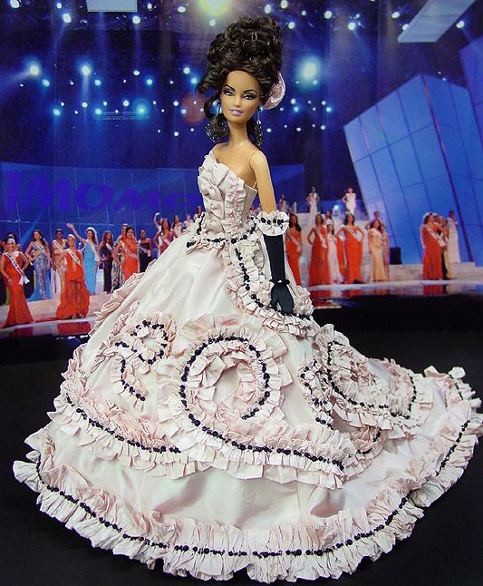 Ninimomo: OOAK Barbie, Miss Delaware 2009