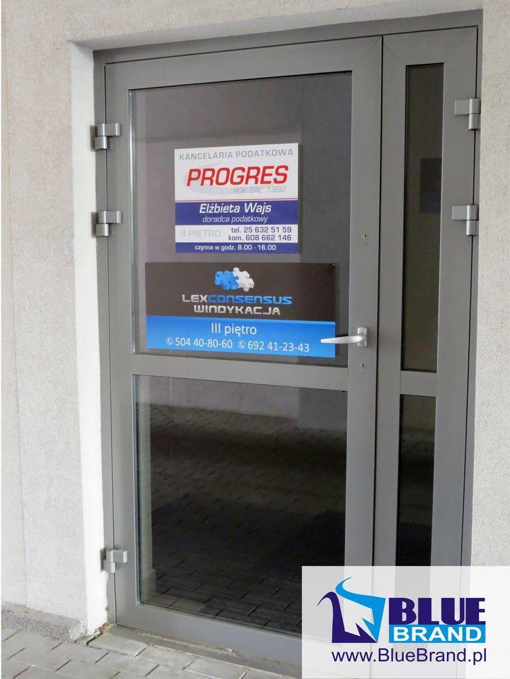 naklejka z folii monomerycznej na drzwi - projekt i wykonanie www.BlueBrand.pl #BlueBrand #AgencjaReklamowa #reklama